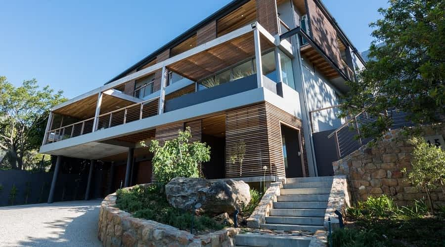 MOUNTAIN RETREAT, CAPE TOWN Stuart Thompson Architects | STARC